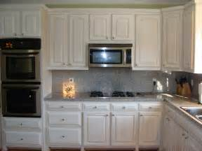 White Cabinets Kitchen by White Washed Cabinets Traditional Kitchen Design