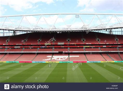 emirates stadium london arsenal s emirates stadium stock photos arsenal s