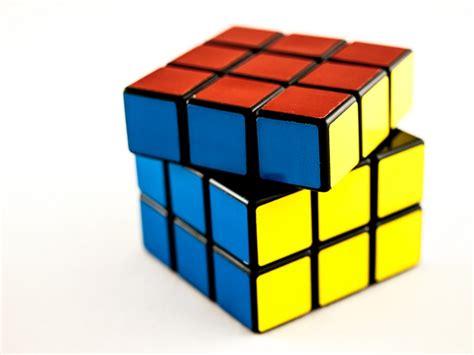 simple rubik s cube tutorial rubik cube 7 step solution guide