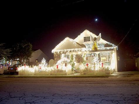 mind blowing christmas lights ideas  outdoor christmas