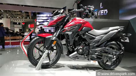 honda  blade images photo gallery  honda  blade drivespark