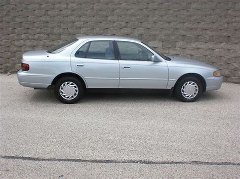 Toyota Camry 1995 Mpg Purchase Used 1995 Toyota Camry Le 4cyl Carfax Low Reserve