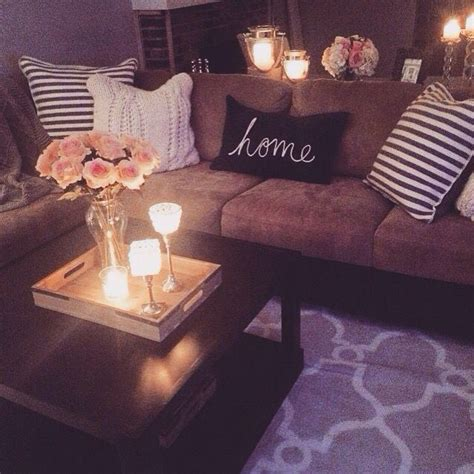 Cozy Living Room Lighting Ideas 25 Best Ideas About Cozy Apartment Decor On