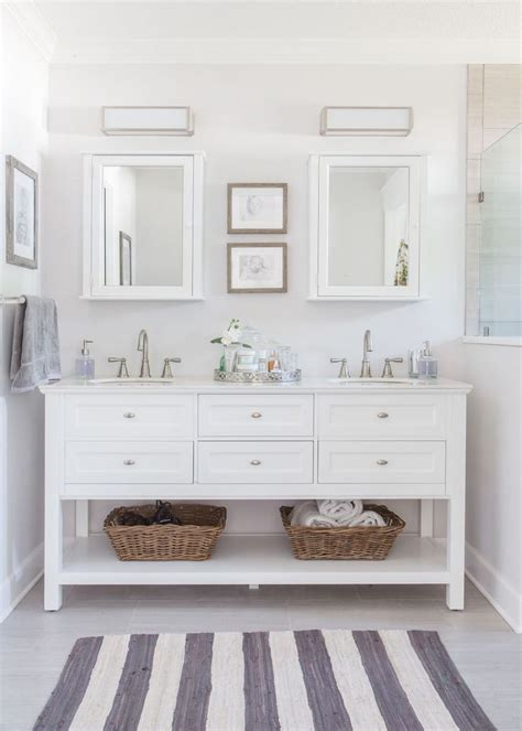Best 25 White Vanity Bathroom Ideas On White