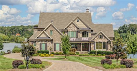 knoxville luxury homes 3527 waterside way in lashbrooke