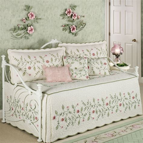 quilted bed sets posy quilted floral daybed bedding set