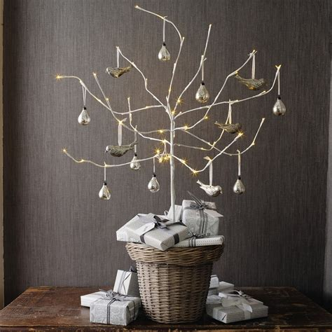 trees decor ideas 30 traditional and tree d 233 cor ideas