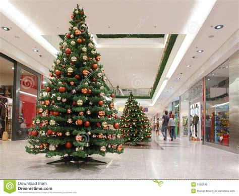 Marvelous Artifical Christmas Trees #6: Shopping-mall-xmas-time-1550140.jpg