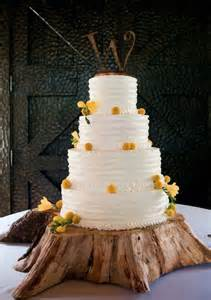 Tree Trunk Table Base Rustic Wood Slice Wedding Cake Stands Ideas Weddceremony Com