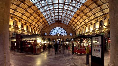 Paris Gare De L Est Train Station Paris Rail Station Bureau De Change Gare De L Est