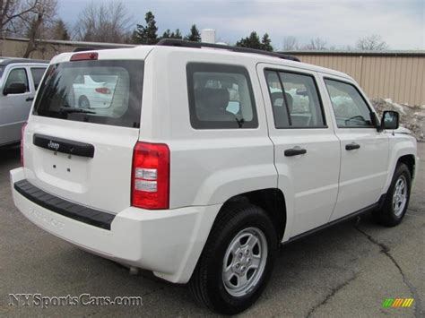 white jeep patriot 2008 2008 jeep patriot sport in stone white clearcoat photo 2