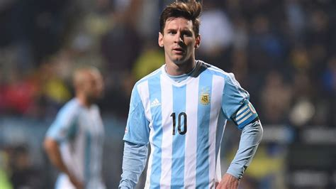 biography of lionel messi of argentina argentina thump paraguay to set up copa america final date
