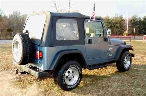 Jeep Wrangler Sport Automatic Transmission Buy Used 1998 Jeep Wrangler Sport 4 0 Liter 6 Cylinder