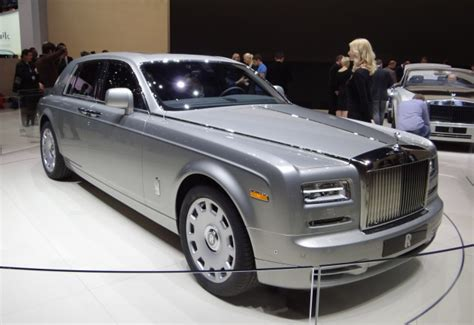 rolls royce phantom coupe price what is the price of a rolls royce phantom autos post