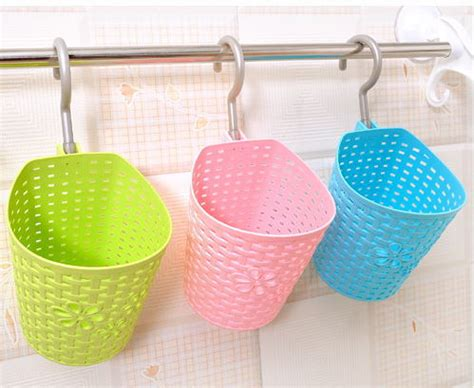 1950 Multi Purpose Mini Plastic Rattan Hanging Basket Hanging Baskets For Bathroom Storage