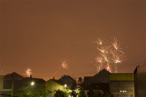 Kembang Api Cake 12shots beberapa cara memotret kembang api fireworks dannyprijadi palace