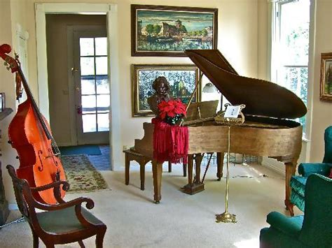 great house music the music room picture of great house galesburg tripadvisor