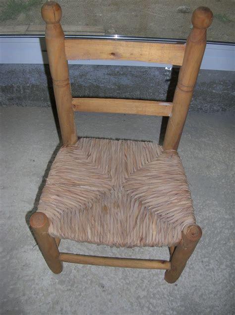 relooker chaise en paille relooker une chaise en paille 28 images δ relooker vos