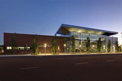 performing arts colleges california