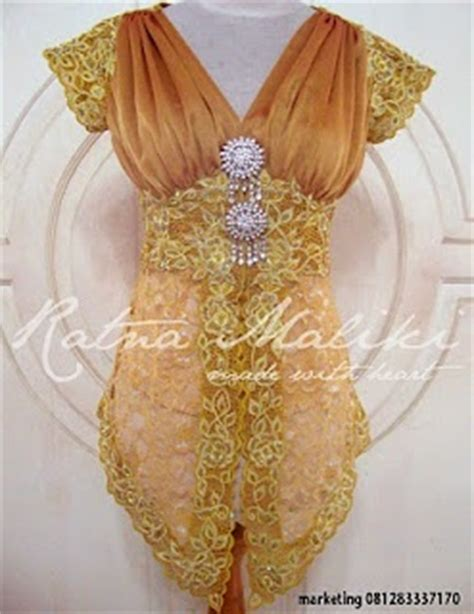 Alk Baju Batik Pesta Gold Cape 17 best images about kebaya indonesia traditional custom on models catwalk models