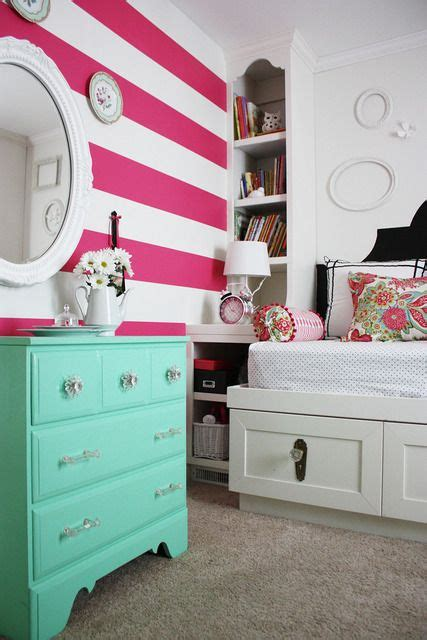 pink and white striped bedroom walls beautiful pink and white striped little girls bedroom idea