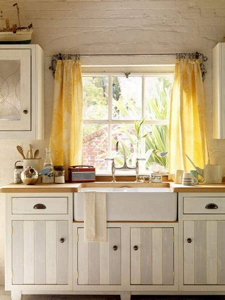 chic and trendy modern kitchen curtains that match the
