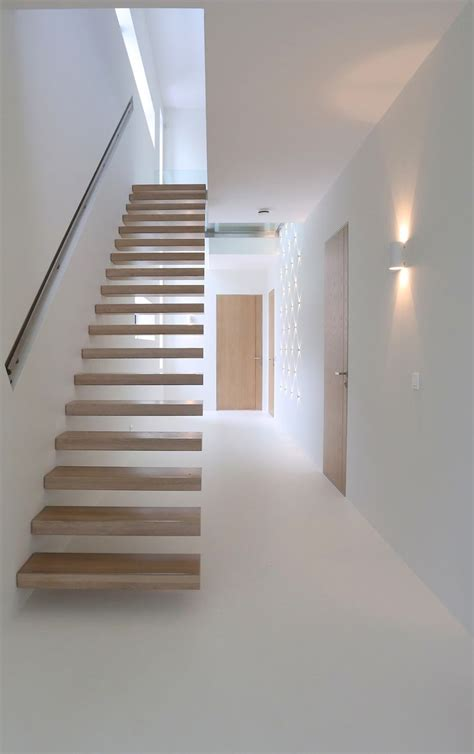 Floating Stairs Design 25 Best Ideas About Floating Stairs On Modern Stairs Design Steel Stairs Design