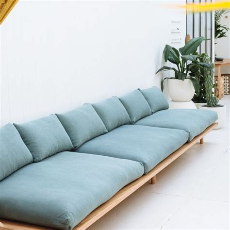Cheap Comfy Sofas by 25 Best Blue Couches Ideas On Blue Sofa