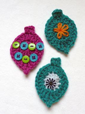 how to crochet cute christmas ornaments craftstylish