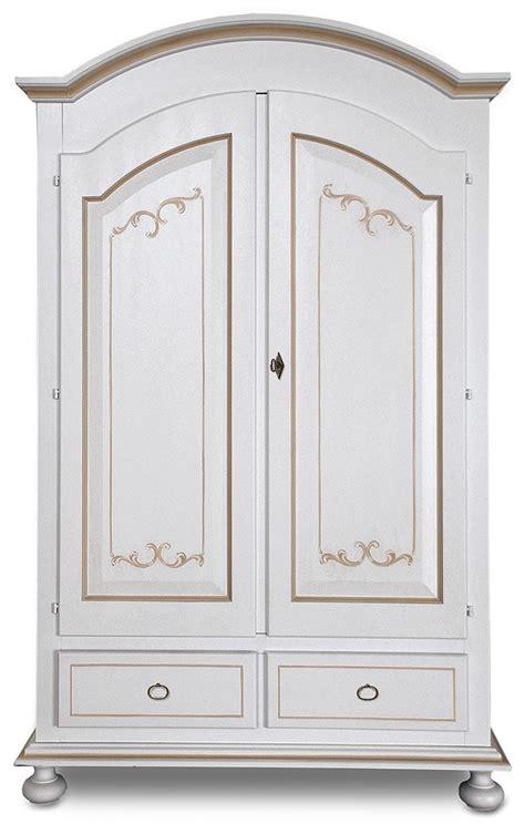 armadi particolari armadio in legno con particolari inserti decorati armadi