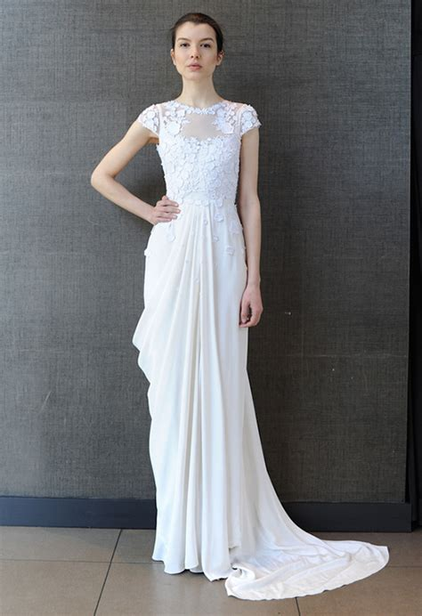 20 Modern Wedding Dresses Look Simple   Feed Inspiration