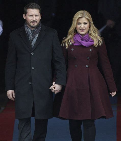 kelly clarksons husband cheating brandon blackstocks ex kelly clarkson and brandon blackstock don t seem to be
