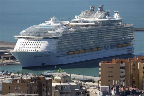 world s largest cruise ship debuts with high energy high royal caribbean debuts world s biggest most luxurious