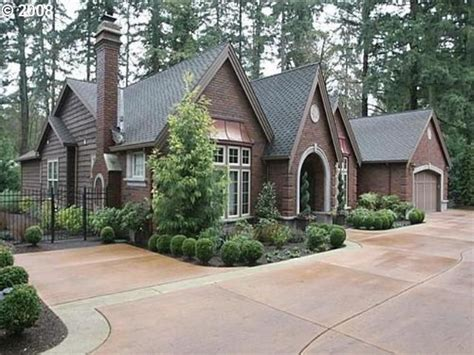 one level homes single story home high roof line ranch home pinterest