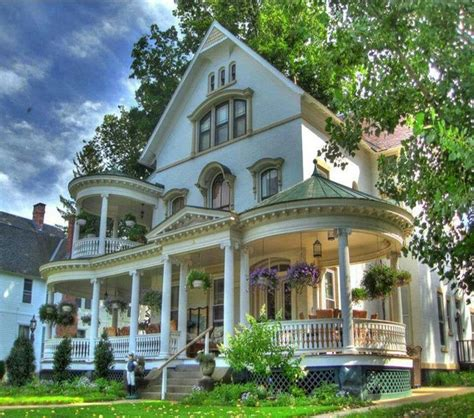 victorian style houses 1126 best victorian victorianishy houses images on