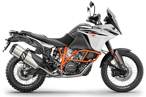 ktm 1090 adventure r reasons to get excited about the 2017 ktm 1090 adventure r