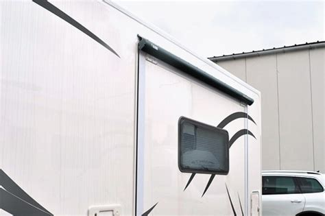Pull Out Awning by Fiamma Slideout Motorhome Awning Motorhome Awnings By