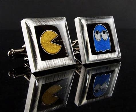 geeky kingdom of gadgets games and design cool gizmo toys feature 21 cool geek cufflinks