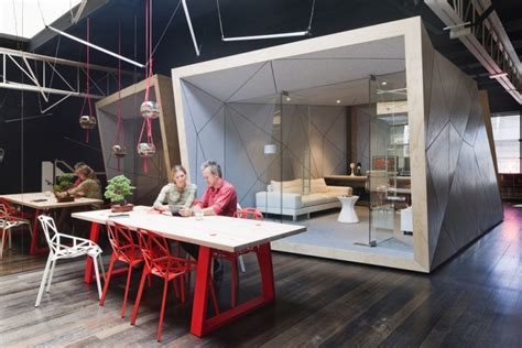 Australian Office Design Failing In Compulsive Productions Office By Matt Gibson Melbourne Australia 187 Retail Design