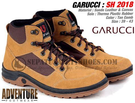Sepatu Safety Touring sepatu gunung garucci toko sepatu safety safety shoes