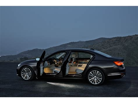 2016 BMW 7 Series Pictures: 2016 BMW 7 Series 10   U.S