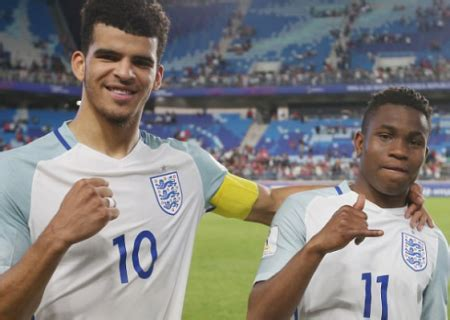 Cost Of Mba Liverpool by Sports Liverpool Sign Striker Solanke From