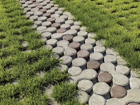 pavimentazione giardino autobloccanti pavimentazione drenante per esterni lunix 174 bk
