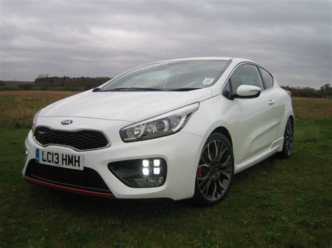 Kia Pro Ceed Kia Pro Cee D Gt Road Test Report Review We Drive Kia