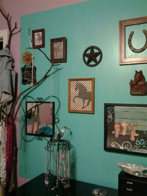 cowgirl bedroom ideas 17 best ideas about cowgirl bedroom decor on pinterest