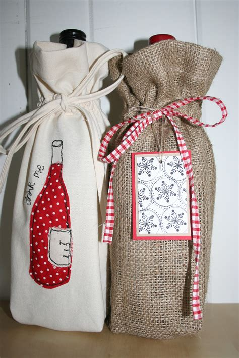 Handmade Wine Bags - redneedle sewing handmade monday wine bottle gift bag