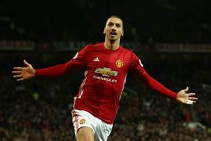 Zlatan Ibrahimovic Zlatan Ibrahimovic Hints At Manchester United Return After