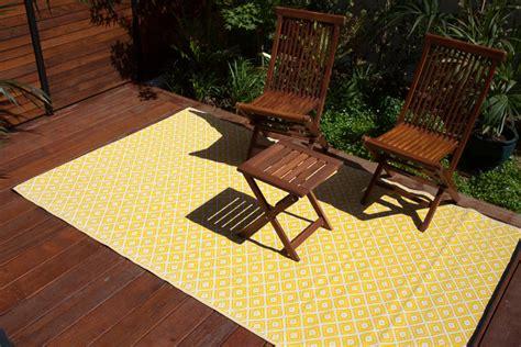 Kimberley Outdoor Rug Kimberley Yellow Indoor And Outdoor Plastic Rugs Fab Rugs