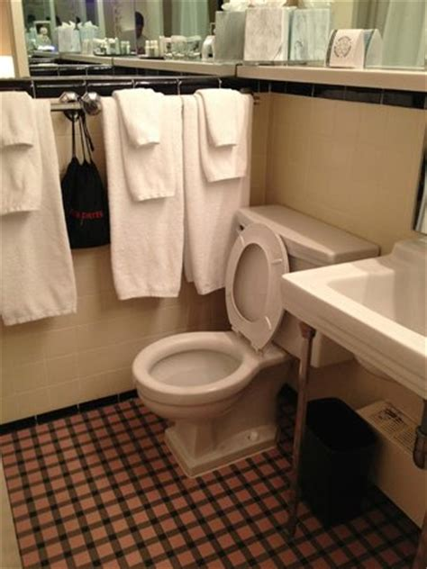 Bathroom Needs Updating In Room Kitchen Picture Of State Plaza Hotel
