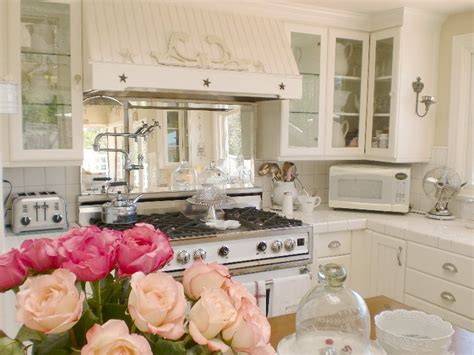 cottage kitchens magazine home and garden thursday